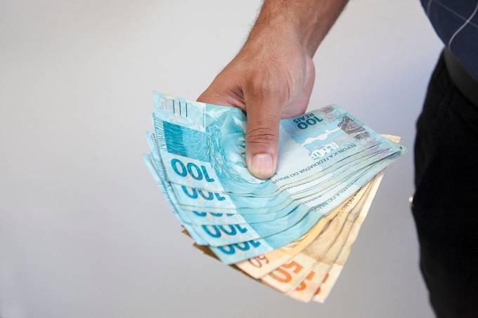 Dinheiro; notas de real