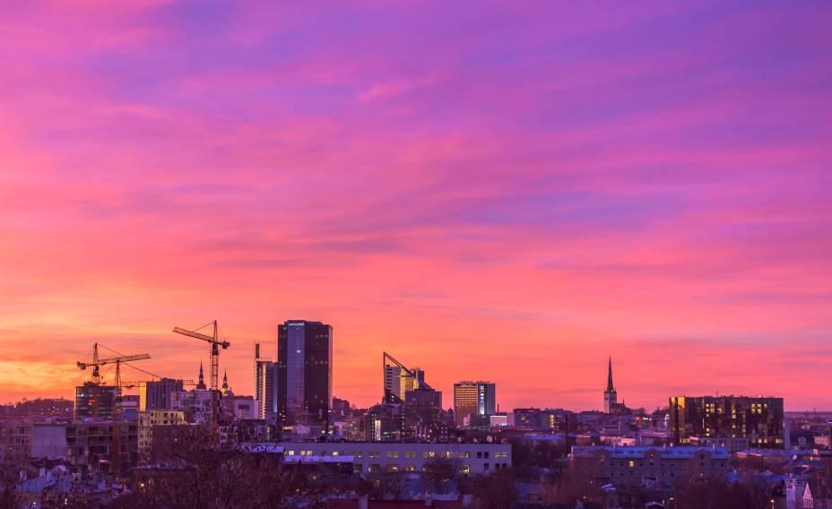 Tallinn é a capital da Estônia, país que compõe o top 3 europeu de países com mais startups per-capita. Os serviços públicos da Estônia foram completamente digitalizados e os cidadão podem votar, receber receita médica e assinar documentos remota e digitalmente.