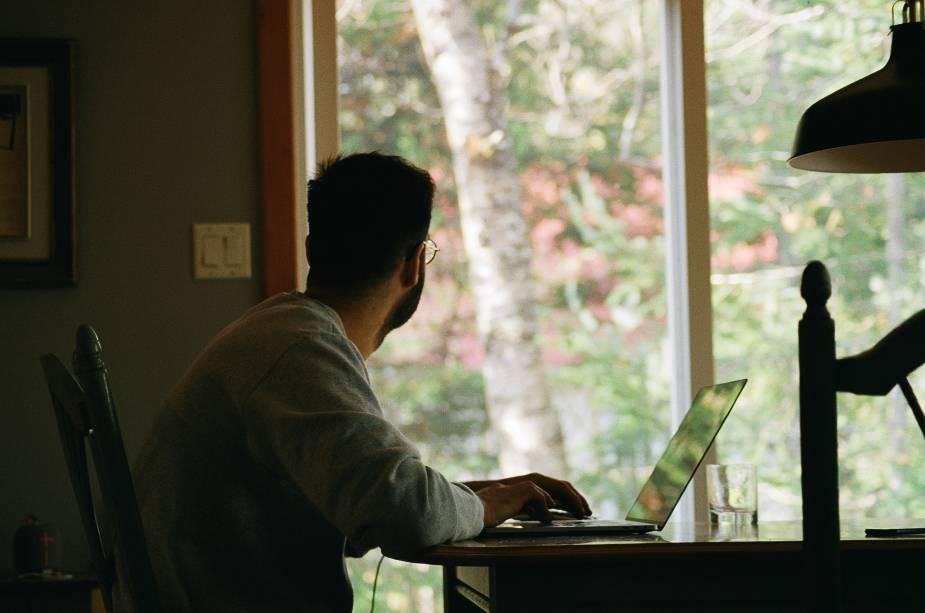 """Com a possibilidade de trabalho remoto, a """"Remotopia"""" surge como qualquer lugar que você queira trabalhar."""