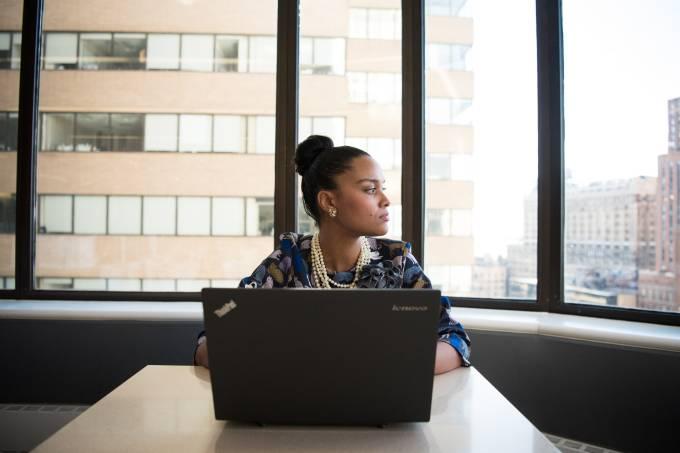 Desemprego atinge mais mulheres do que homens, revela pesquisa